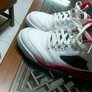 🚚 Nike Jordan 5(可議價)