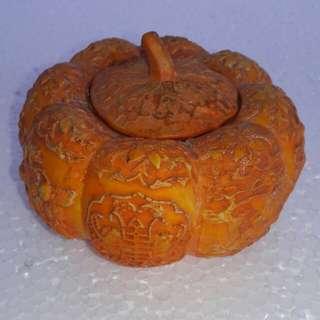 Antiques Porcelain Pumkin Pot