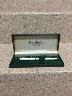 Vintage 1980s Pierre Cardin Pen - no ink