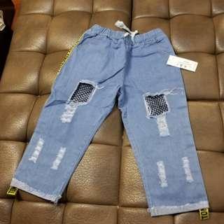 藍色牛仔褲