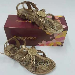 Grendha Tropicana Sandals by Juliana Paes