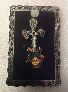 Hard Rock Cafe Pins - LAS VEGAS HOT 2011 METAL CROSS GUITAR PIN!