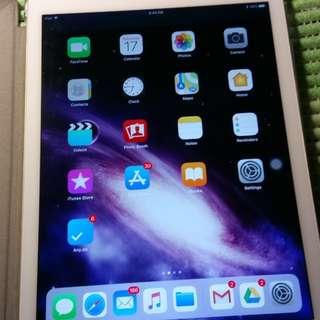 iPad Air 2(金)64G wifi + logitech Ultrathin KB(太空灰)