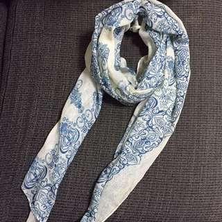藍色圖騰圍巾