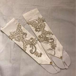 001 Bride gloves Lace Wedding gloves