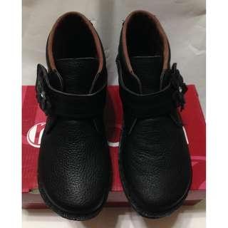 低靴黑楔形鞋 37/23.5