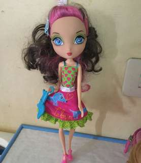 Ladeeda Spinner Doll