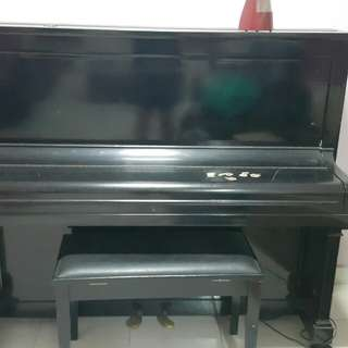 2nd hand ancient piano to let go