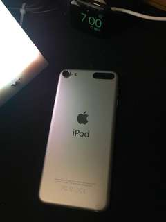apple ipod touch 6 (16Gb)