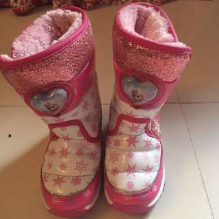 Frozen Winter Boots (free sf cavite-laguna,biñan and mm areas)
