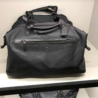 Authentic coach hand / shoulder carry bag