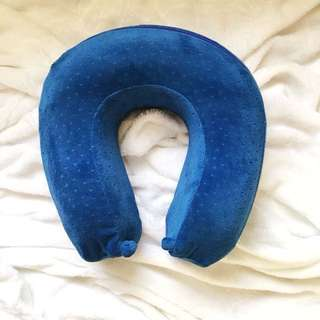 Unique Design Memory Foam Neck Pillow