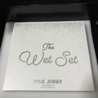 Holiday Wet Set + FREE stocking by Kylie Cosmetics