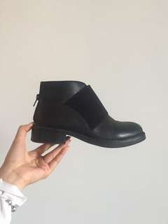Black Jeffrey Campbell Alfie ankle boots