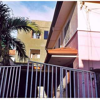 Rush Sale 3Bedrooms 2Bathroom with 2 Garage Townhouse Lapu-lapu City