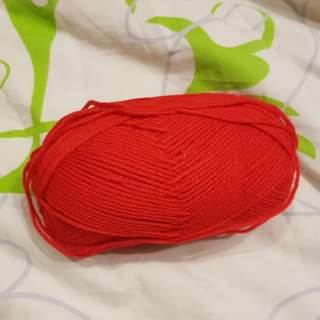 Red light worsted yarn