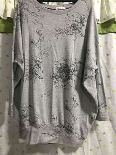 Gray floral long sleeves