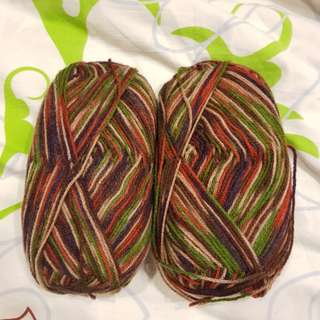 Variegated Light worsted yarn1
