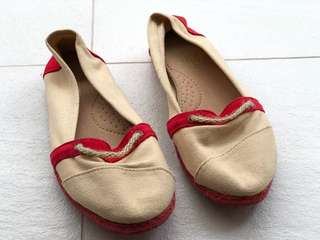 Espadrilles Flat Shoes Red and Cream Canvas