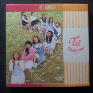 Twice Twicecoaster: Lane 1 Apricot ver