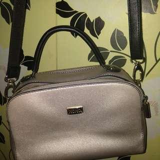 Xoxo Shoulder / Sling Bag authentic