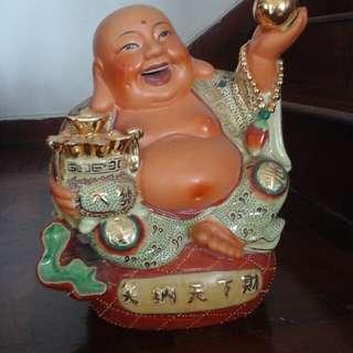 Laughing Buddha笑纳天下财