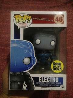 Funko pop Electro GITD Bobble head