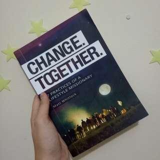 """Buku """"change together"""" #umntv2018"""