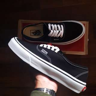 Vans Authentic Classic Premium