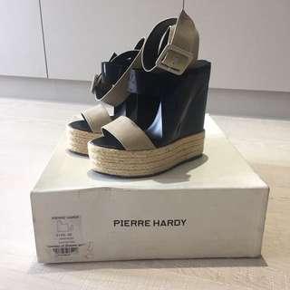Pierre Hardy Wedge