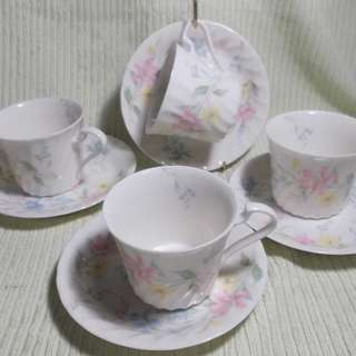 Fine China Tea Cups from Japan