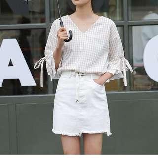 🚚 [新品]簡約腰帶不規則裙擺純白牛仔A字裙