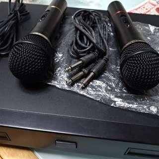 Karaoke Cordless microphone system with original Mics