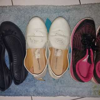 Take it all sepatu (crocs, flat, olahraga)