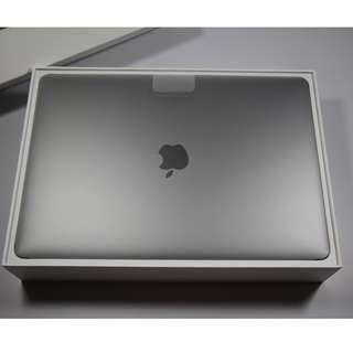 "Brand New 13"" MacBook Pro 2017 model(2450sgd)"
