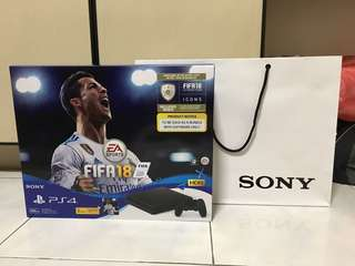 PS4 Bundle fifa 18 (BNIB)