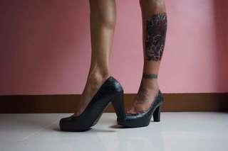 Black Block Heels (free sf cavite-laguna,biñan and mm areas)