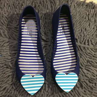 flat shoes navy biru