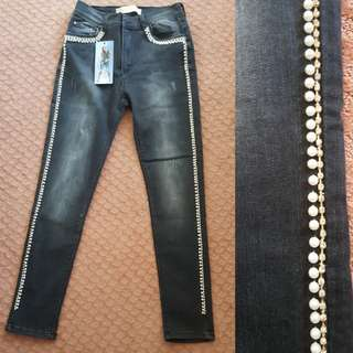 CLEARANCE(N.P RM200) FULL BEADED JEANS