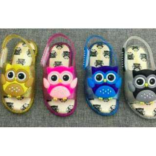 Owl design slides for kids