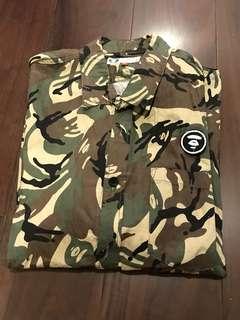 Aape 軍綠迷彩Shirt XL