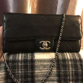 Chanel WOC chain bag