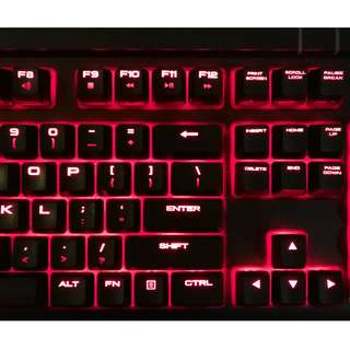 Corsair Strafe Keyboard Cherry MX Browns Red LEDs great condition!