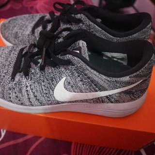 Nike Lunarepic Low Flykit uk 39