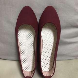 全新 小紅典雅平底鞋