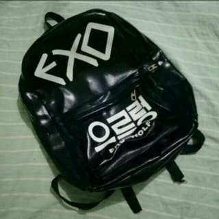 EXO LEATHER BAG