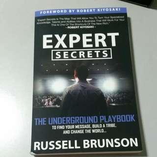EXPERT SECRETS by Russell Brunson