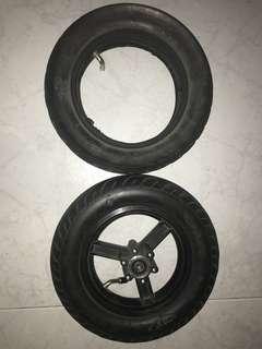 CST tire 10+2.25