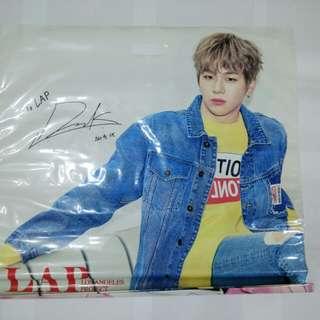 Wanna one 姜丹尼爾 LAP簽名膠袋 (65x61cm)