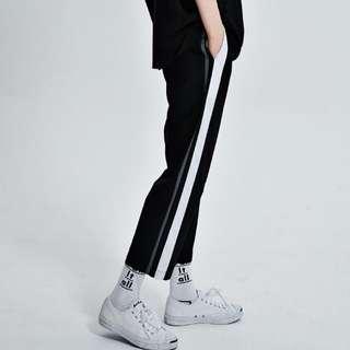 直筒運動設計寬褲